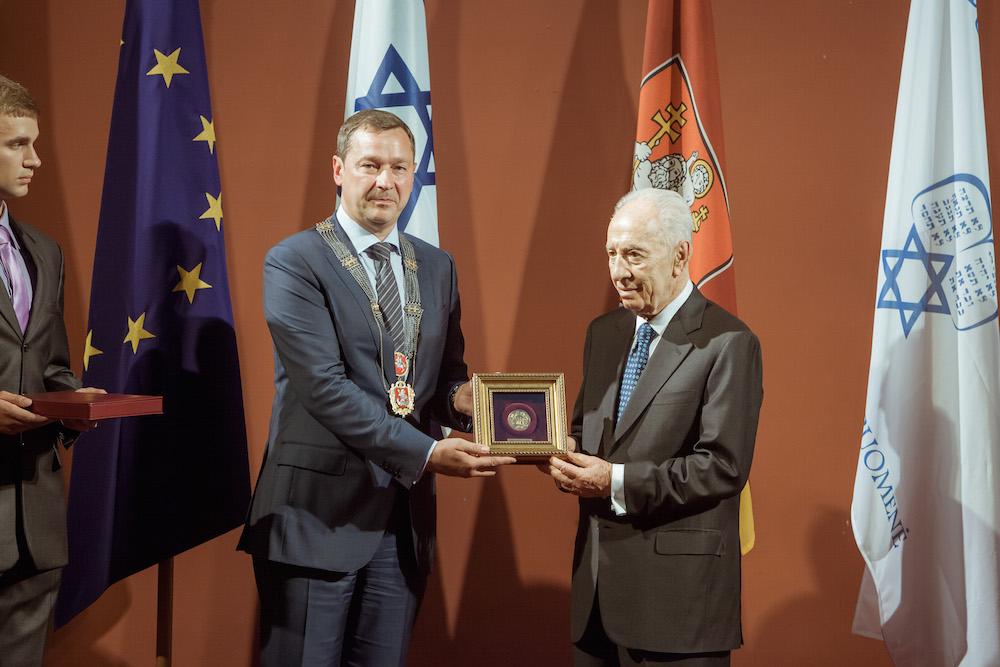 Lietuva neteko draugo, o Vilnius - savo garbės piliečio - Šimono Pereso