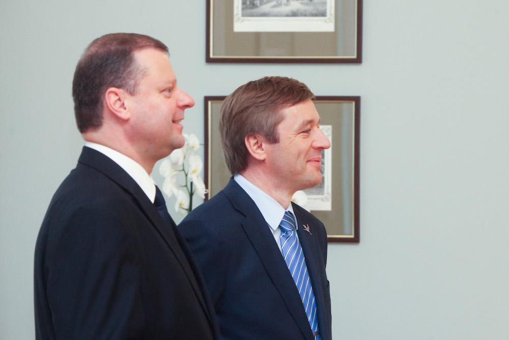 R. Karbauskis ir A. Veryga suka politikų pramintais takais…